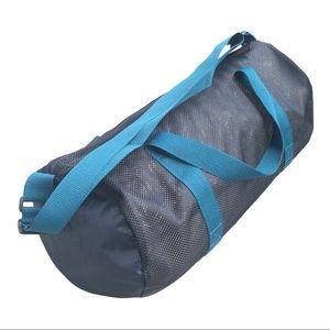 💕3/$25 Lululemon SeaWheeze navy mesh duffel bag